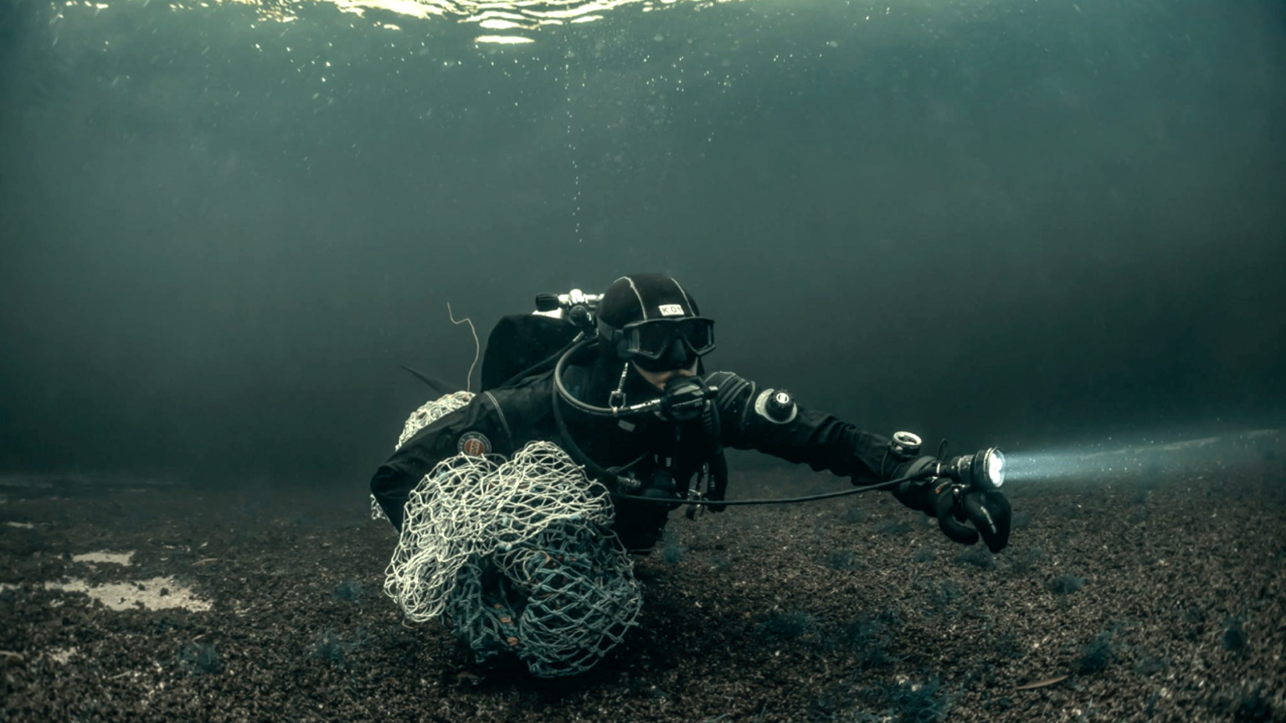 bracenet diver ghost nets