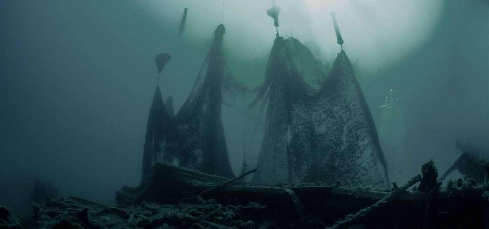 Bergung der Geisternetze im Meer