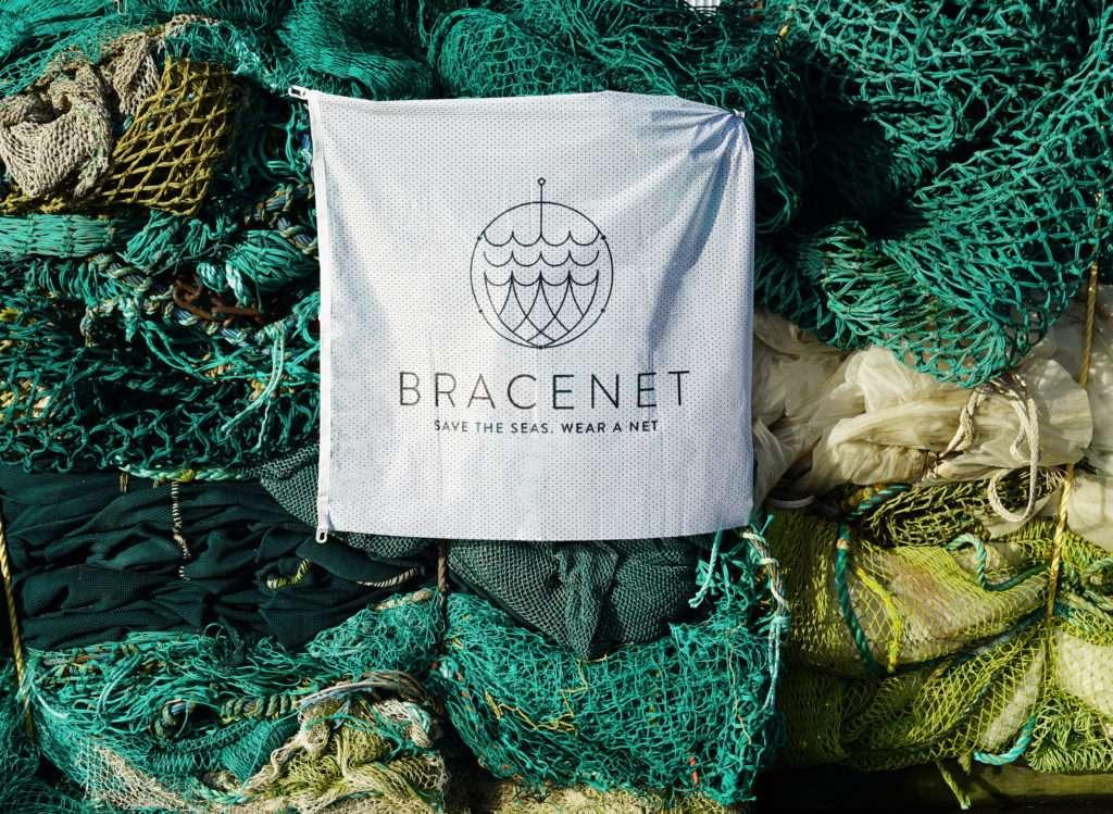 Bracenet Logo mit Haufen Netz