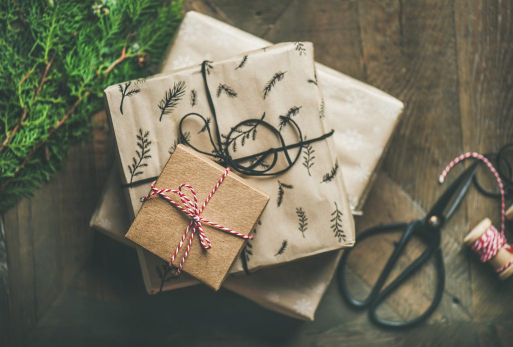 Bracenet gift ideas sustainable christmas